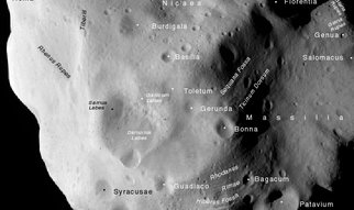 <strong>Primal rock in space</strong><br />Lutetia is a real fossil: several areas of the asteroid's surface are around 3.6 billion years old and thus some of the oldest in the planetary system. These findings have been obtained by scientists headed by the MPS. The team has evaluated images which the Rosetta space probe recorded during its fly-by of Lutetia in July 2010.