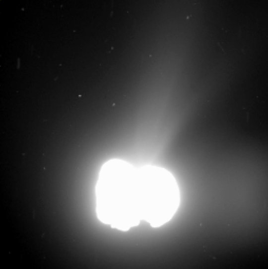 By planned overexposure of the nucleus of comet 67P/Churyumov-Gerasimenko structures in the coma become visible. This images was taken on August 2nd, 2014 from a distance of 550 kilometers. It was exposed for 5.5 minutes.