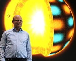 With mathematical methods, Prof. Dr. Thorsten Hohage, new Max Planck Fellow at the Max Planck Institute for Solar System Research in Göttingen, aims to look inside the Sun.           <br /><br />