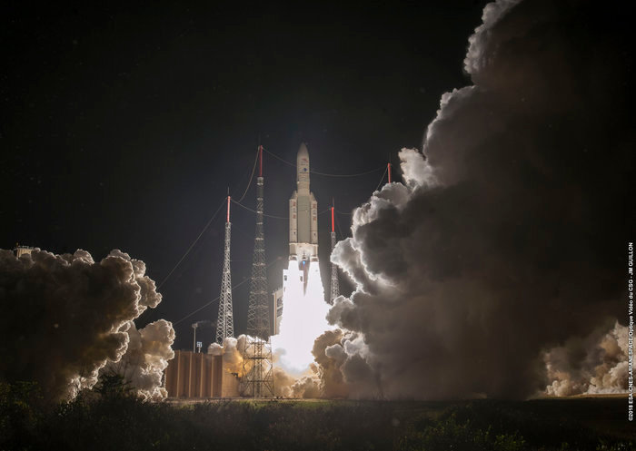 At 3.45 am (CEST) the Ariane-5 lifts off Kourou spaceport.
