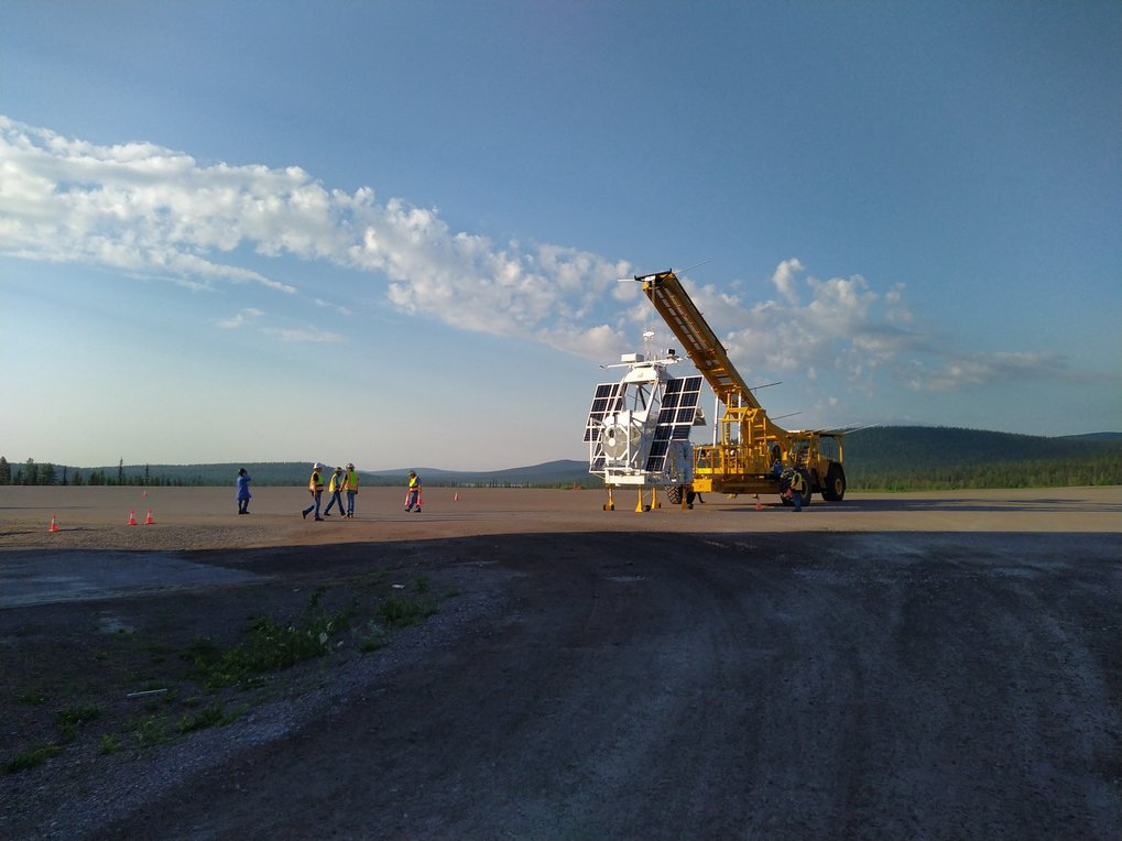 In the clean rooms at MPS, the balloon-borne solar observatory Sunrise III is gradually taking shape. Launch is planned for the summer of 2022. Sunrise III will look at the Sun from the stratosphere with the help of a 1-meter telescope and three scientific instruments.